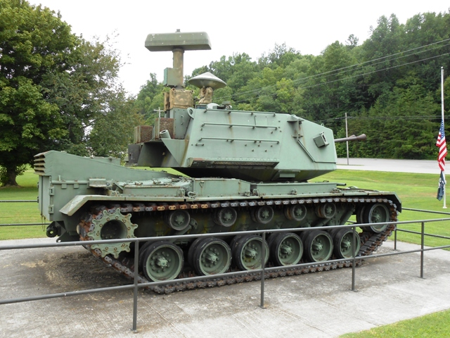 "M247 ""Sgt. York"" Division Air Defense Self-Propelled Anti-Aircraft Gun"