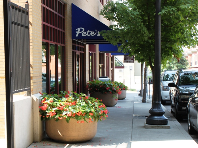 Pete's in downtown Knoxville.