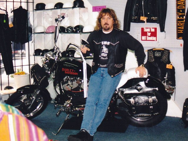Jeff in Chapman Highway store.