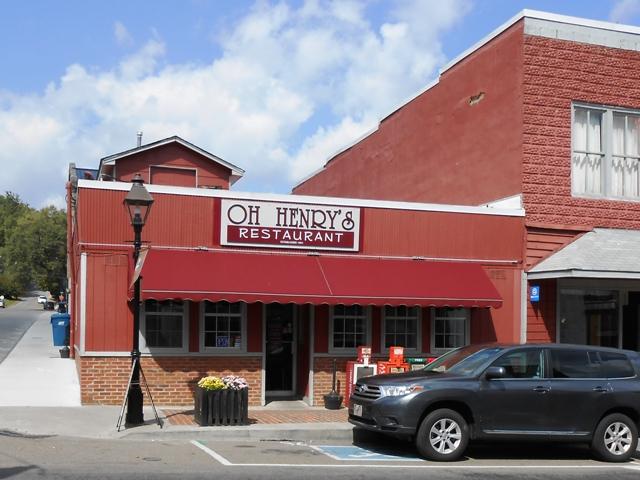 Oh Henry's restaurant in Rogersville, TN.