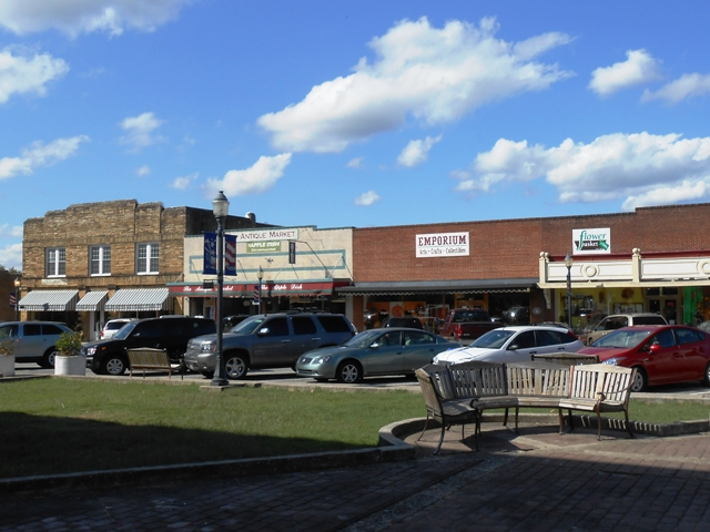 Another view of the businesses in the Livingston town square.