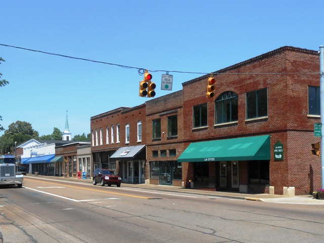 Downtown Dunlap near turn off to Coke Oven Park.