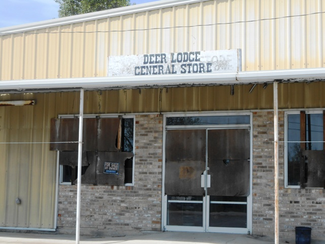 Deer Lodge storefront.