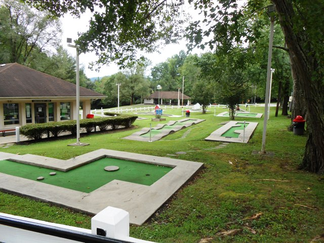 The Site also has a nine hole putt putt course!