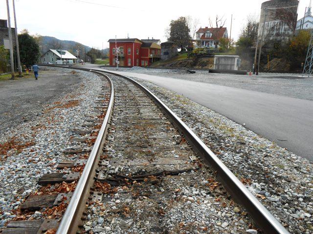 Bulls Gap is a railroad town.