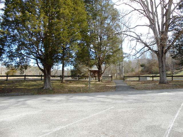 We parked in the lot right across from a large picnic area.