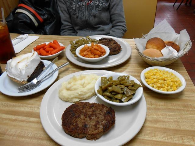 Hamburger steak and vegetables here are FANTASTIC!