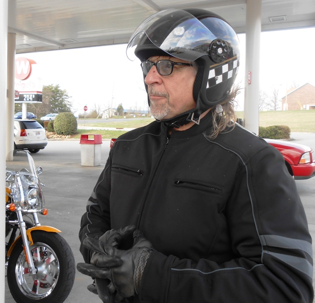 We made another fuel stop at Weigel's off 411.