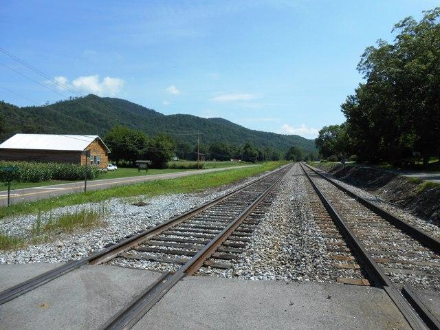 The tracks run right through Del Rio.
