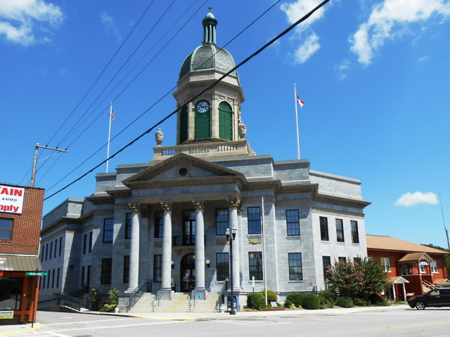 The courthouse next to the museum is made out of local blue stone.