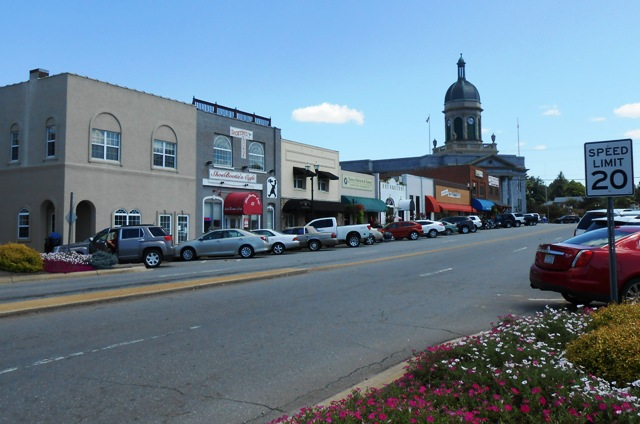 Another view of downtown Murphy.