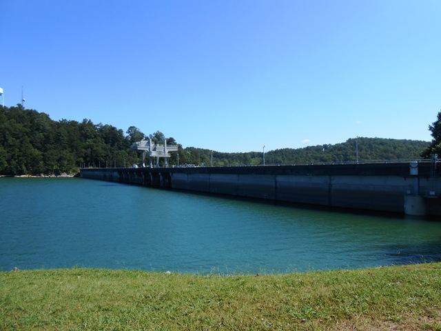 View of the dam.