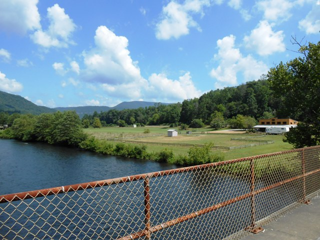Another view of the Hiwassee River.