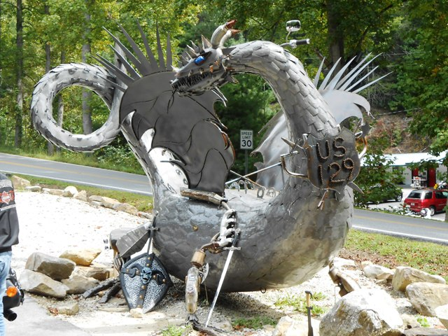 The dragon statue is spectacular and popular with the tourists.
