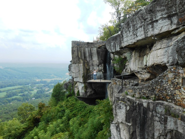 That's me, Pamo, out on the ledge.