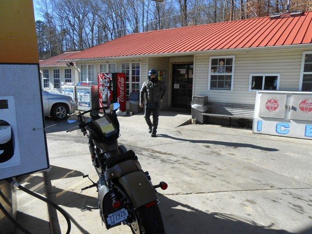 We stopped briefly in Petros to fuel up.