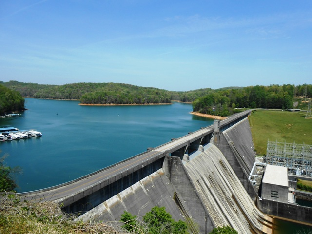 View of Norris Dam from the Overlook.