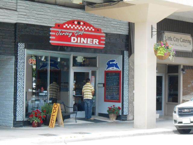 Jersey Girl Diner in Morristown, TN.