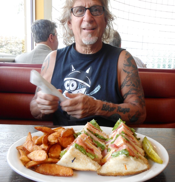 Jeff got the club sandwich... it was delicious also. YUM!