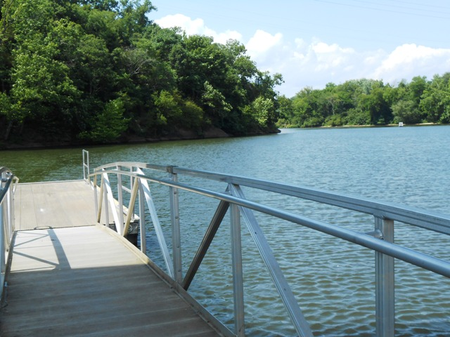 This boat dock was newly built in 2010 and is very nice.