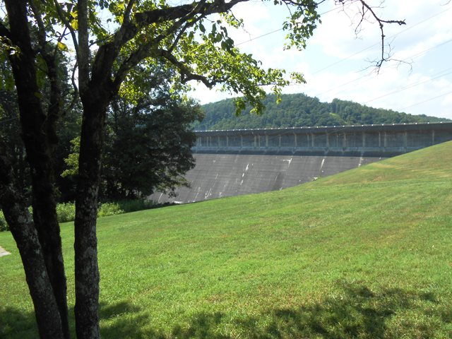 View of the back of the dam from our picnic area.