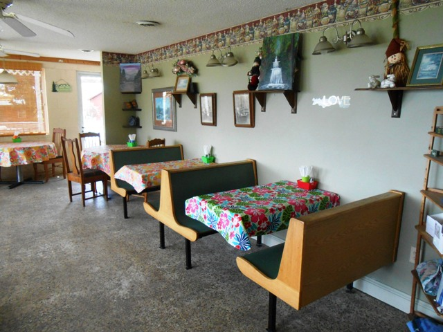 Inside Clinch Mountain Restaurant.