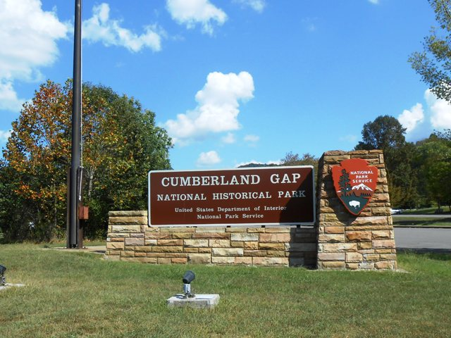 Entrance to the Cumberland Gap National Park.