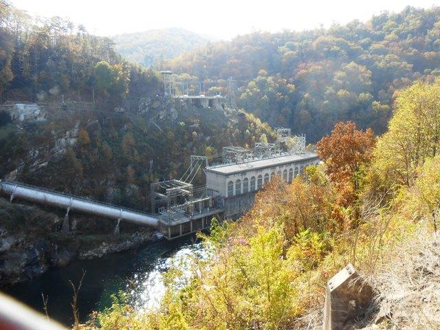 Dam on 129.
